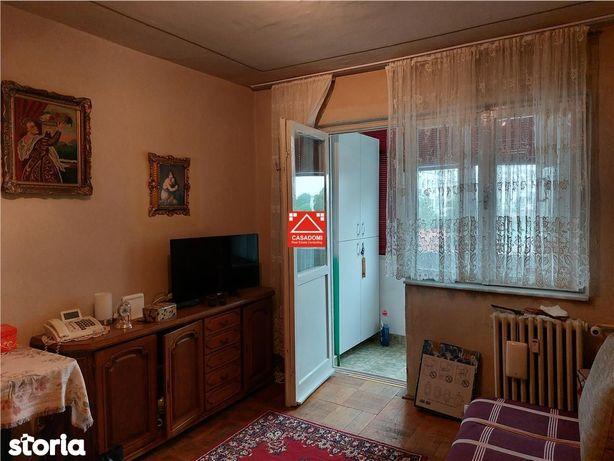 Apartament zona buna, Vlaicu