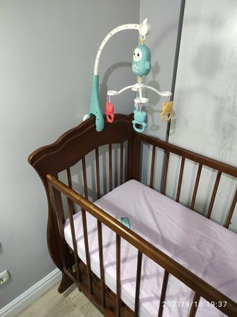 Мобиль - игрушка на кроватку