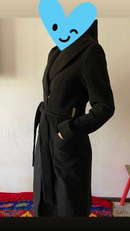 Продам женское пальто!