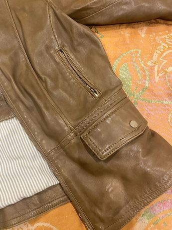 Кожаная куртка Massimo Dutti M size