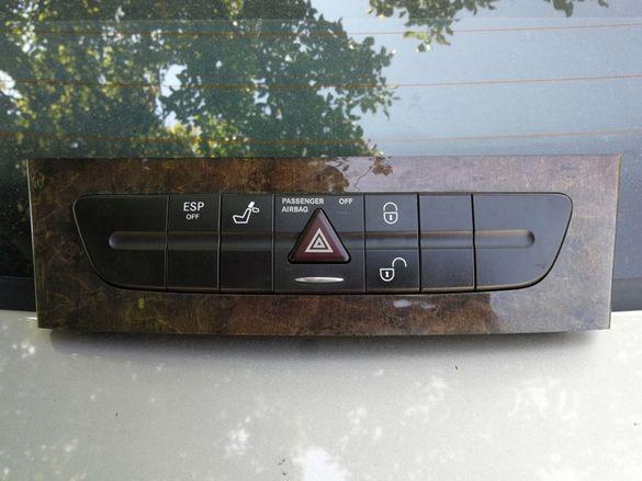 Панел с бутони за Мерцедес Mercedes Е-класа W211