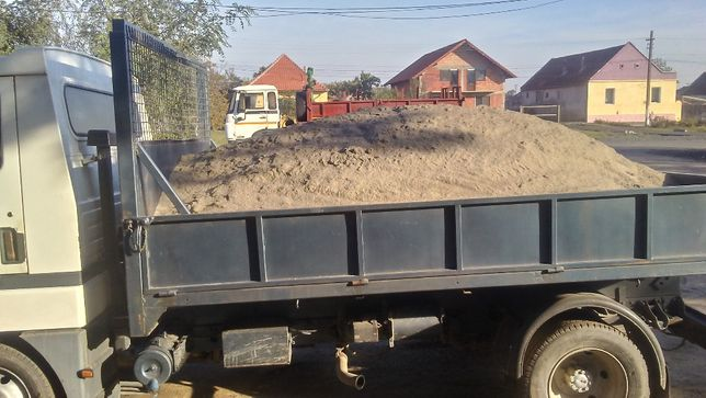 Aduc nisip,balastru,sort,amestec,capacitate 3.5 metrii cubi