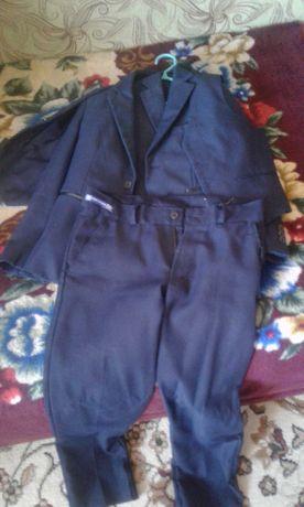 Костюм школьный для мальчика и юбка для девочки