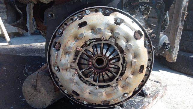 Volanta + Kit ambreiaj Opel Vectra C 1.9 CDTI 6 trepte