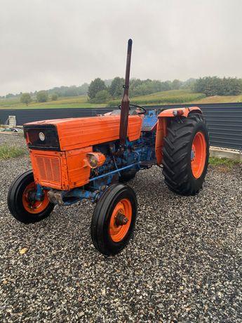 Tractor UNIVERSAL utb 550