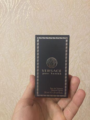 Срочно продаю туалетную воду Versace Pour Homme оригинал