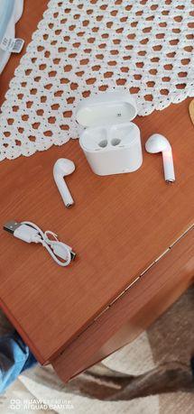 Vând căști wireless noi