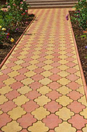 Pavaj Floare Simpla - fabrica pavaje borduri rigole. Capac stalp,coama