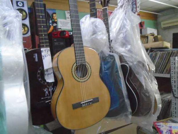 гитара  классическая  Agnetha  (новая)