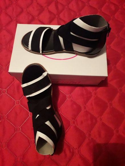 Обувки 33 номер