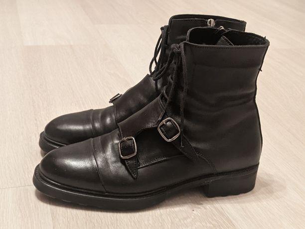 Зимние ботинки. Зимняя обувь. Сапоги. Кроссовки. Кожаные ботинки.
