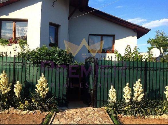 Къща в Варна, област-с.Кичево площ 210 цена 150000