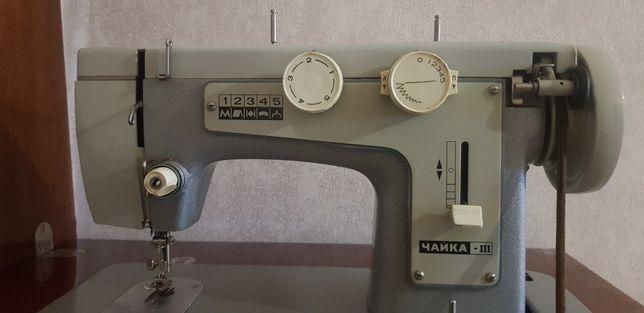 Швейная машинка Чайка-3