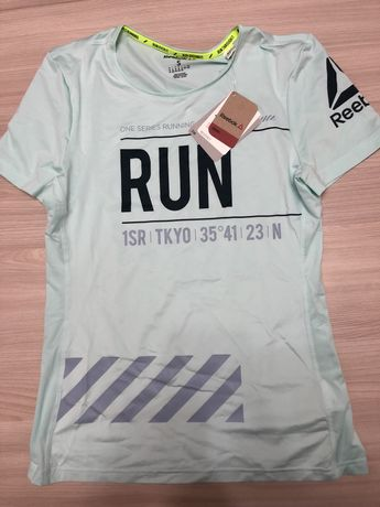 Мятная футболка REEBOK