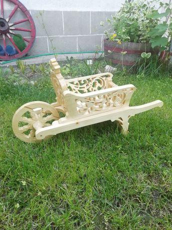 Декоративна количка