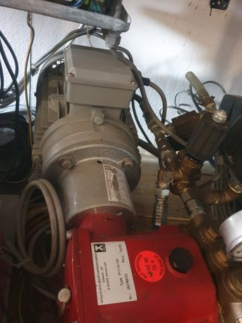 Vand spalatorie auto tip self service dezmembrata din Germania