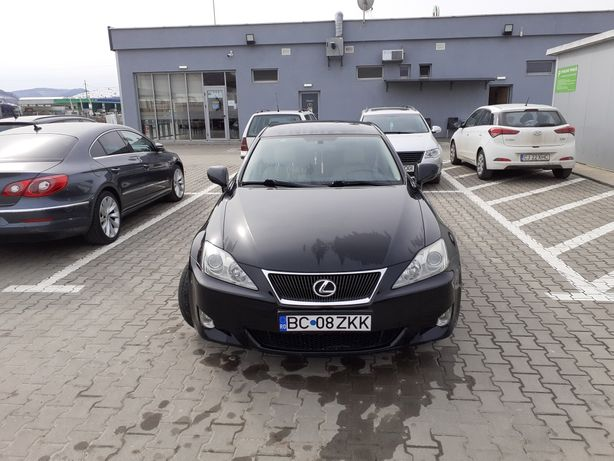 Vând Lexus is220
