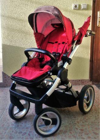 Продавам детска количка Mutsy EVO RED