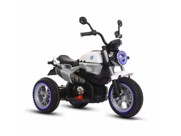 Детский электромотоцикл BMW 8188 с надувными колесами