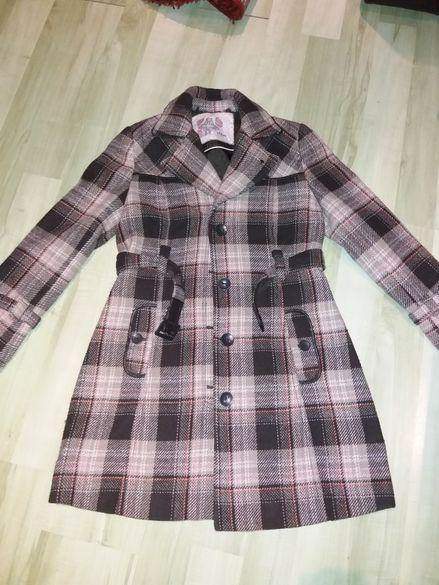 Хубави палтенца -5 бр. Л