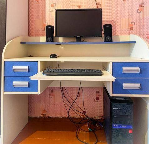 Копмьютер комплект/подарок компьютерный стол