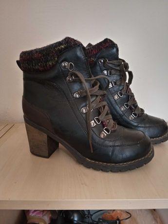 Стилни зимни обувки