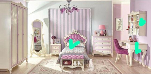 Продам детскую мебель (Россия) ( кровать, стол, полка навесная)