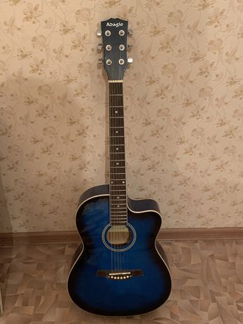Гитара сатылады Adagio почти новый 40000