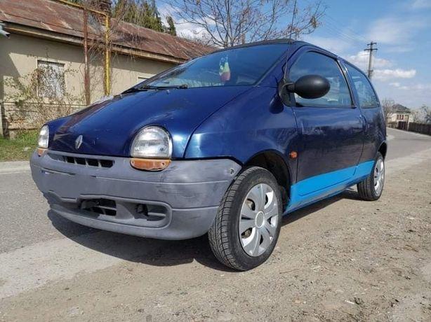 Renault Twingo..