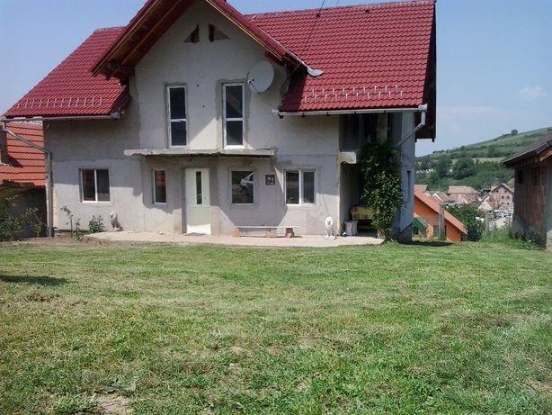 Casa în Sura Mare