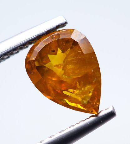 Vand sau Schimb Diamant natural portocaliu gălbui fancy intens 0,95Ct