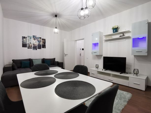 Proprietar închiriez apartament 2 camere, prima inchiriere