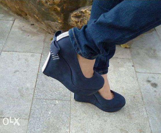Pantofiori primavara/toamna,cu platforma -nr.36 albastru.