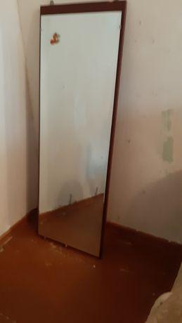 Зеркало размером 120×40