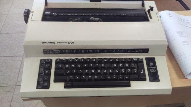 De vanzare masina de scris
