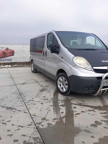 De vanzare.Opel Vivaro