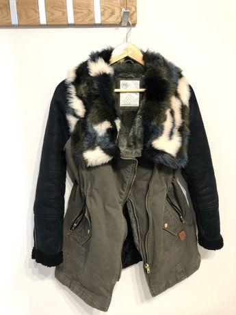 Vând haină de iarnă BSB