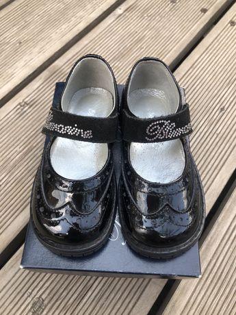 Туфли для девочки Blumarine Baby