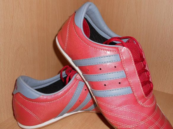 Дамски маратонки adidas