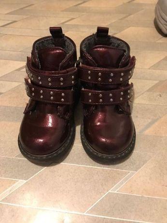 Продам коженные ботинки