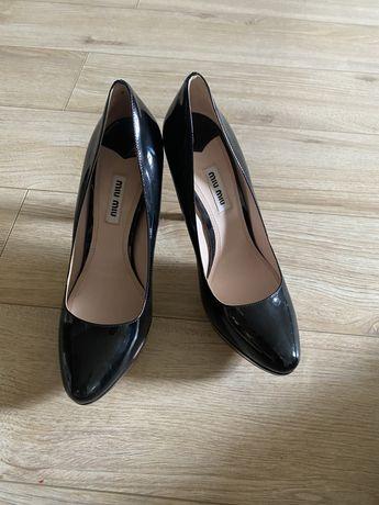 Женакая обувь