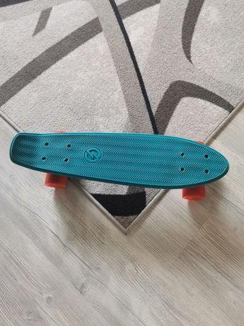 Детски скейборд много запазен