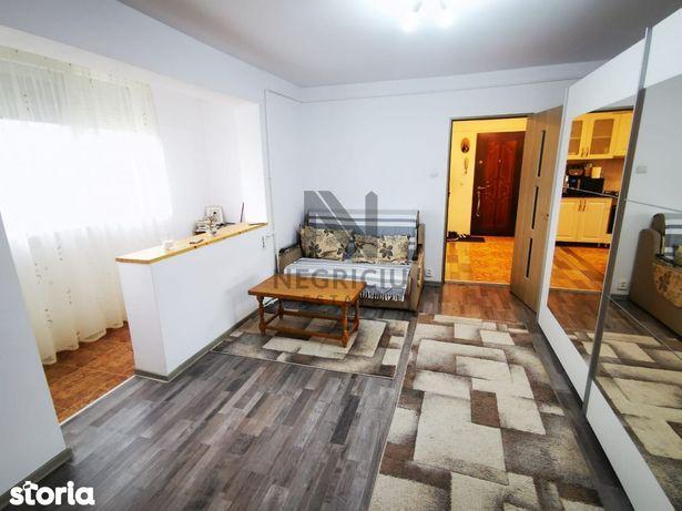 Apartament cu 2 camere, semidecomandat, zona Dacia
