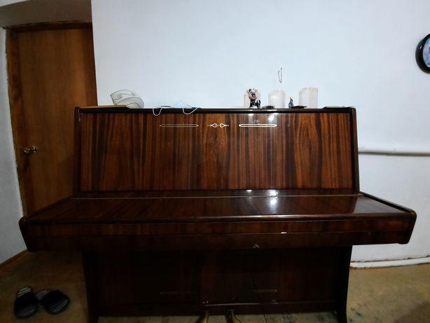 Продаю пианино не дорого