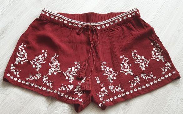PRIMARK Къси панталонки с бродерия