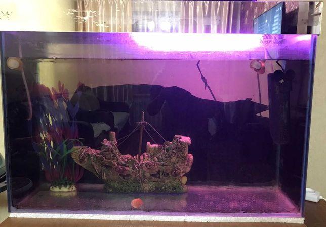Продам аквариум. в хорошем состоянии