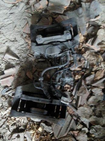 Предни спирачни апарати за ауди А6 3.0 тди 2008 г