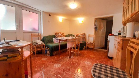 Двуетажна къща в хубаво село само на 10 минути от град Русе