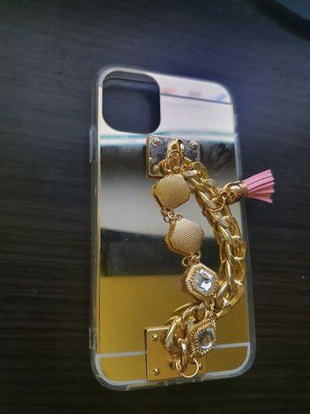Продам новый чехол айфон 11