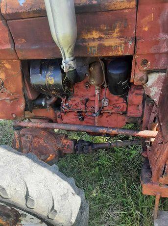 Vand tractor UTB 445 DT romanesc 4x4